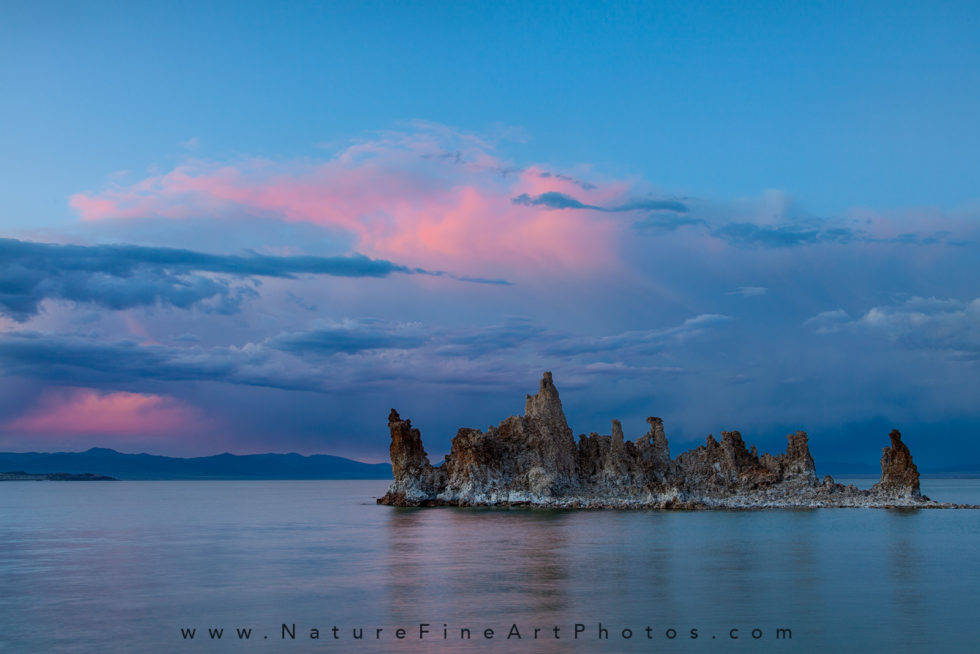 photo of Mono Lake with pink sky at sunset